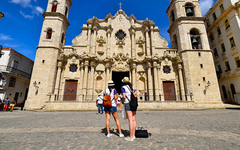 Get to know the best things you can do in Cuba with specialized guides. Optimize your time and budget.